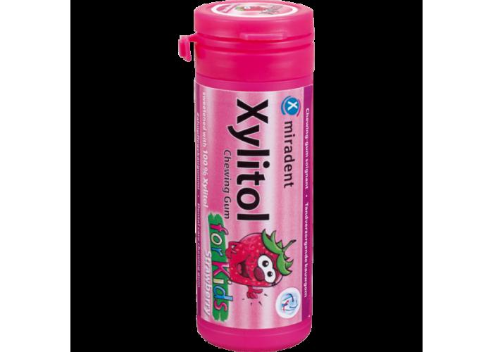 Жевательная резинка с ксилитолом для детей Miradent Xylitol chewing gum for kids Клубника 30 шт