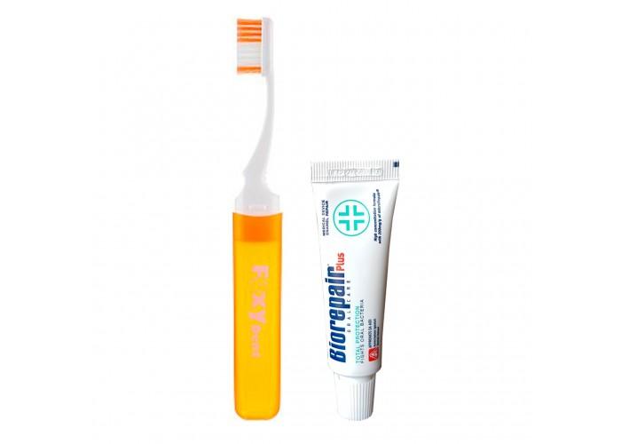 Дорожный набор FoxyDent Protection (Зубная щетка оранжевая + Зубная паста Biorepair 15 мл)