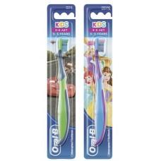 Детская зубная щетка Oral-B Kids мягкая 3-5 лет